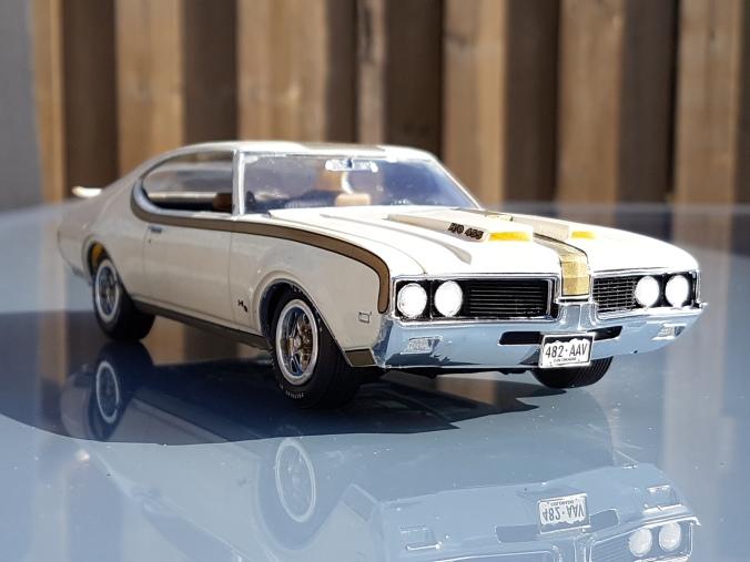 1969oldsmobilehurst-1