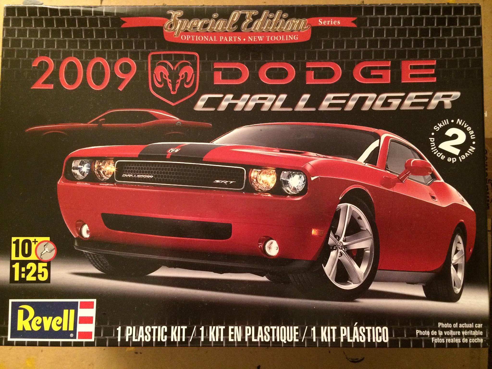 2009 Dodge Challenger SRT8 – Revell | Rays Kits