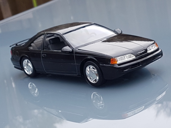 1992 Ford Thunderbird Super Coupe Revell Rays Kits