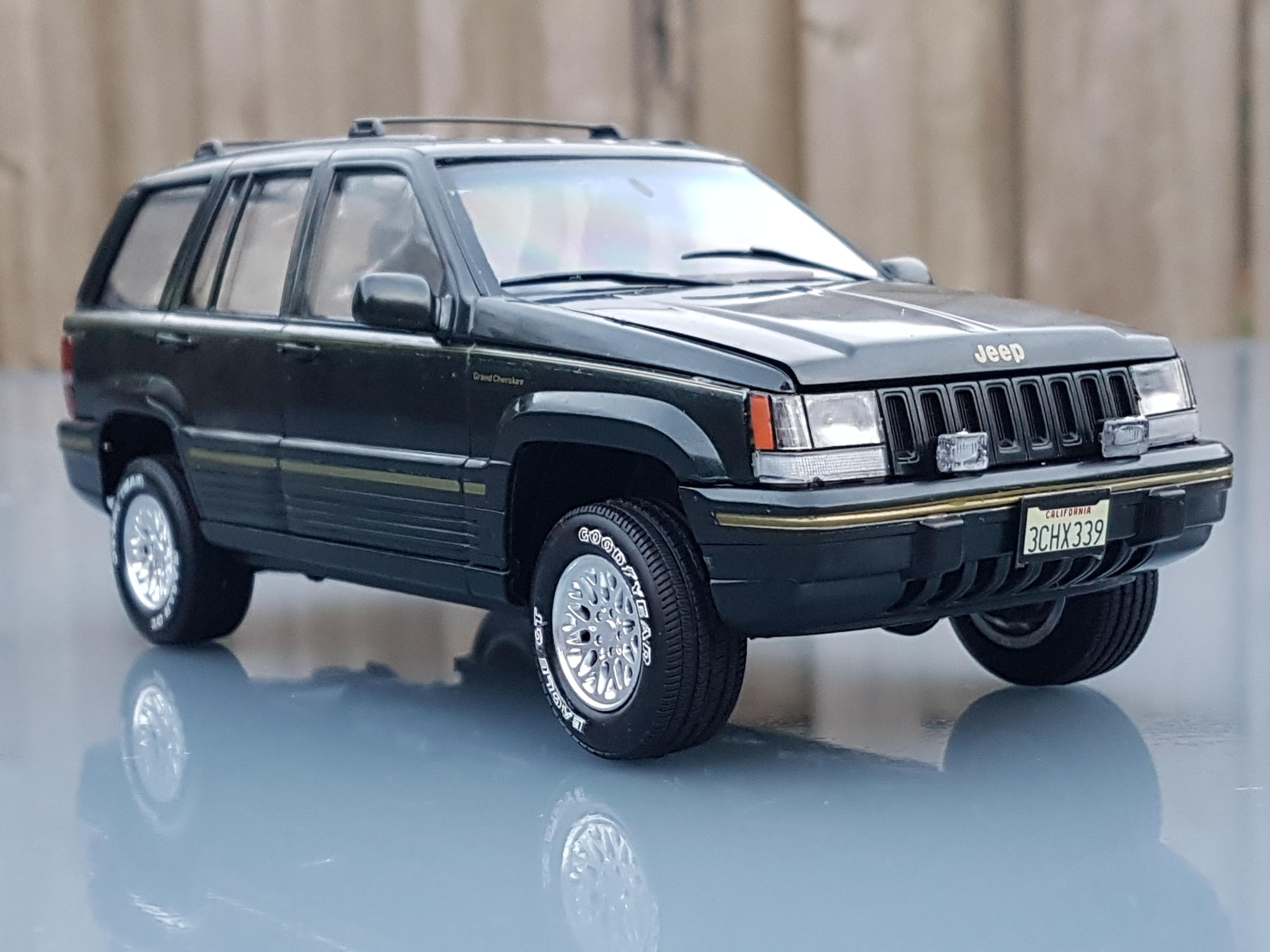 jeep grand cherokee limited  tamiya rays kits